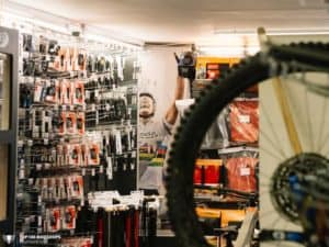 Top100 Bikeshop Bikestuff Tours Wutoeschingen 005 810x608 1 300x225