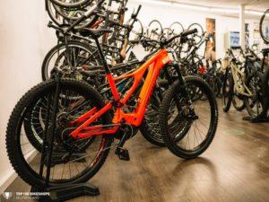 Top100 Bikeshop Bikestuff Tours Wutoeschingen 025 810x608 1 300x225