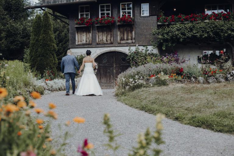 wedding2 768x512